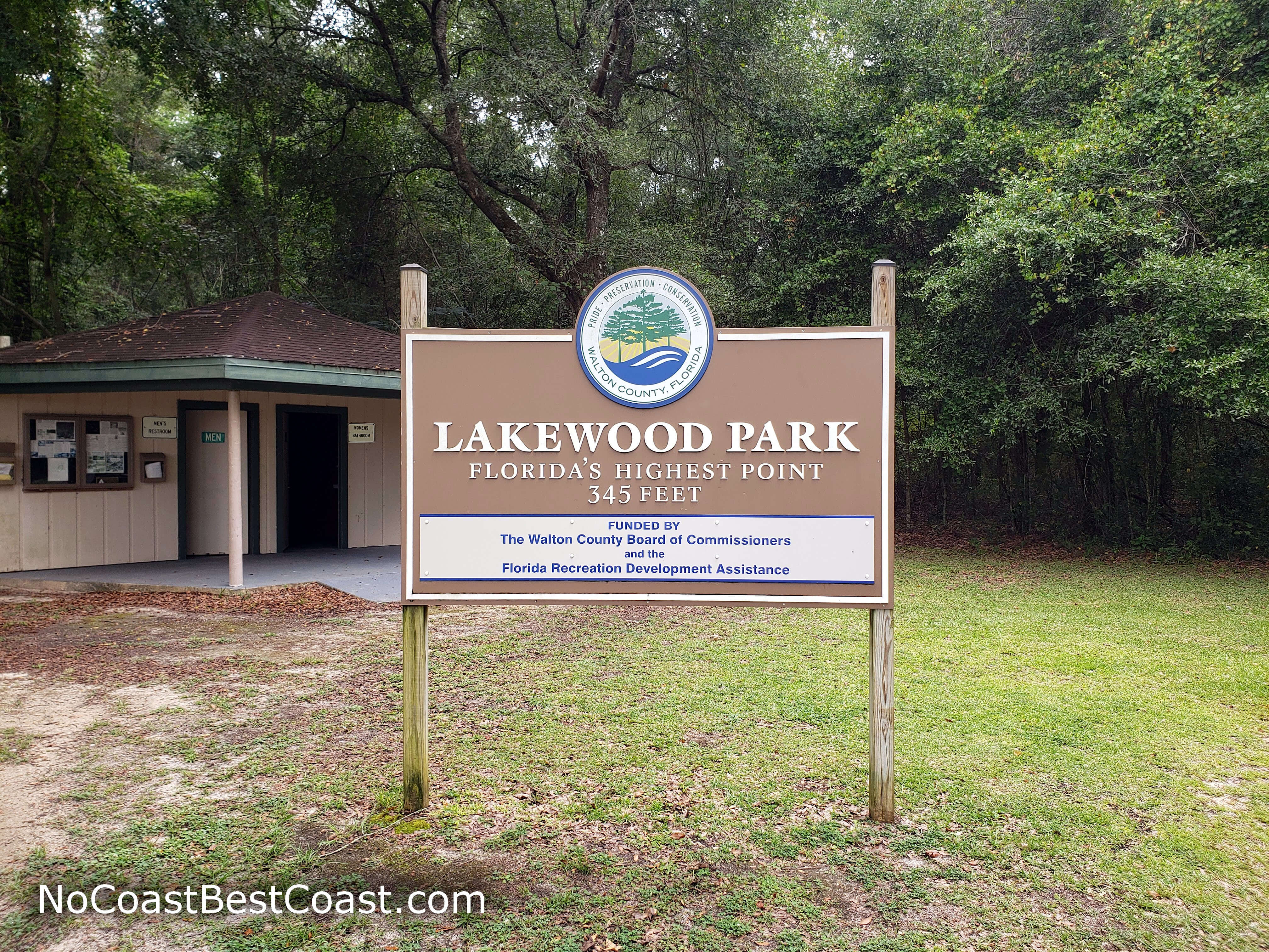 The Lakewood Park sign marking the elevation