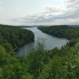 This hike is filled with overlooks of secluded lakes, like this view of West Bearskin Lake
