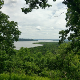 Overlooking the bluffs of the Mississippi River
