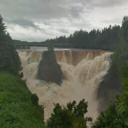 The second highest waterfall in Ontario: Kakabeka Falls