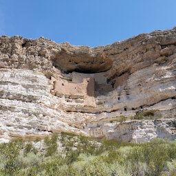 Montezuma Castle built directly into the cliff above